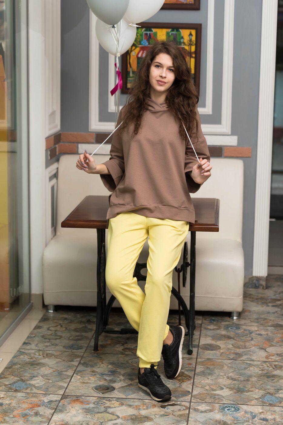Catrina: Стильный женский костюм со штанами Джогер и худи 2231 - фото 1