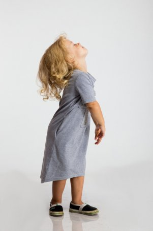 Modna Anka: Детское платье Крест серый 112062 - фото 4