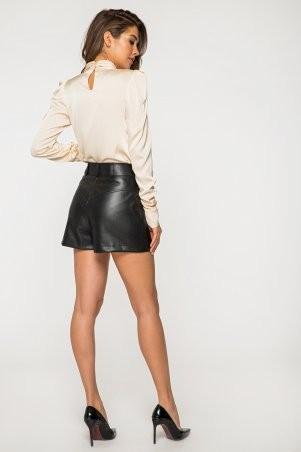 It Elle: Шелковая бежевая блуза с длинным рукавом и драпировкой Филиппина 21206 - фото 3